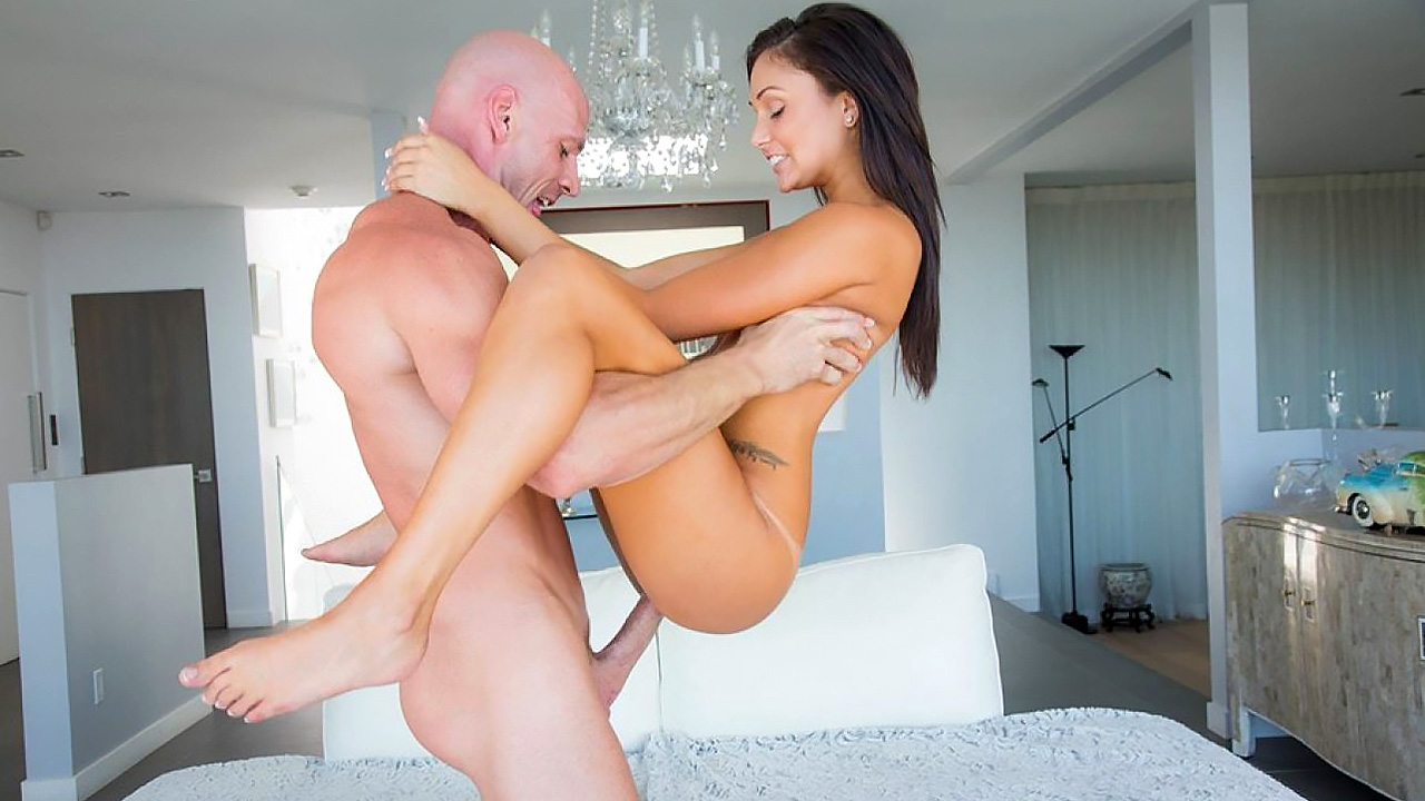 Lunch Date With Megan Rain